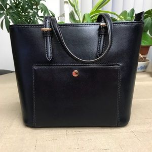 Admiral blue Michael Kors tote.